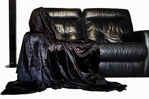 Shiny crushed velvet Throw over Black