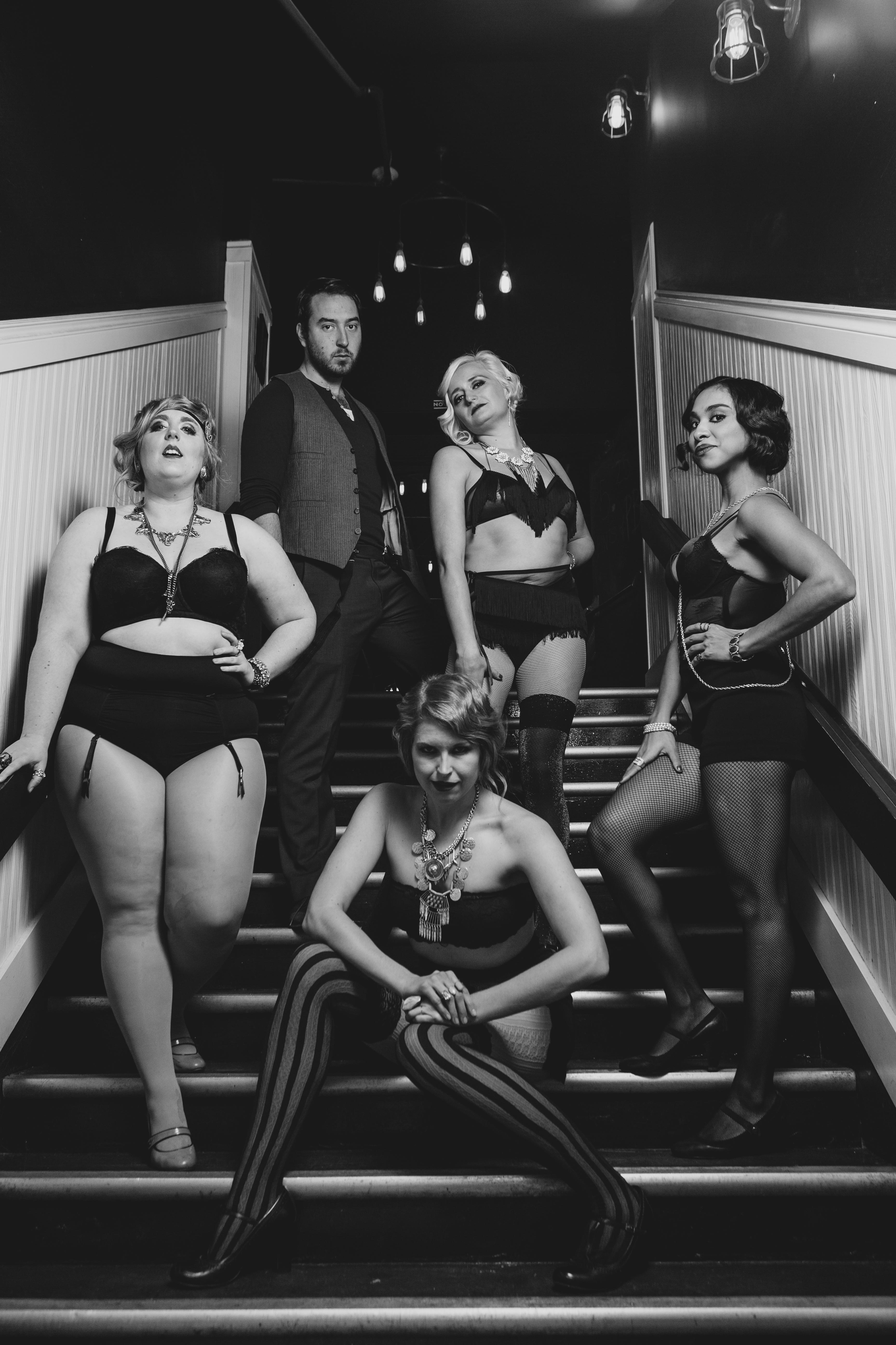 Bust 'Em Up Burlesque - 20151101 - 0075
