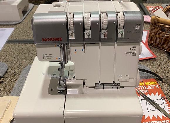 Janome Pro 4DX *