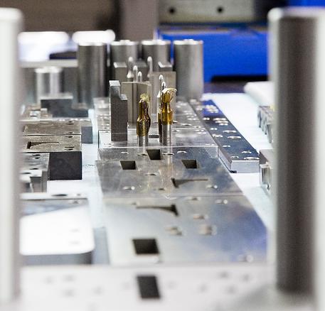 Custom metal stamping die manufacturing