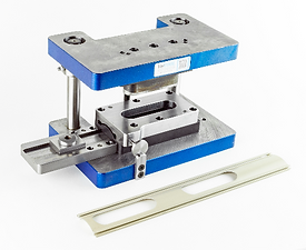 Custom aluminum extrusion punching tool and die