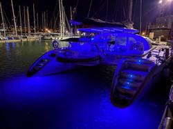 Lagoon 570 underwater lights