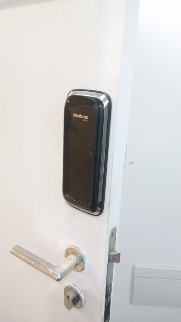 fechadura eletronica intelbras
