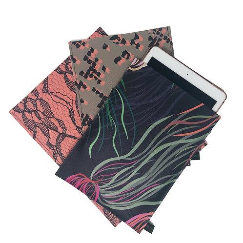 11'' iPad Sleeve - Vegan Leather