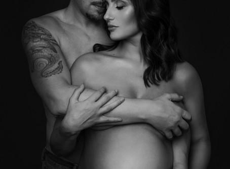 Foto di coppia - servizio fotografico di gravidanza