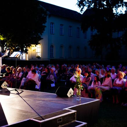 Die Sommernacht der klassischen Balladen