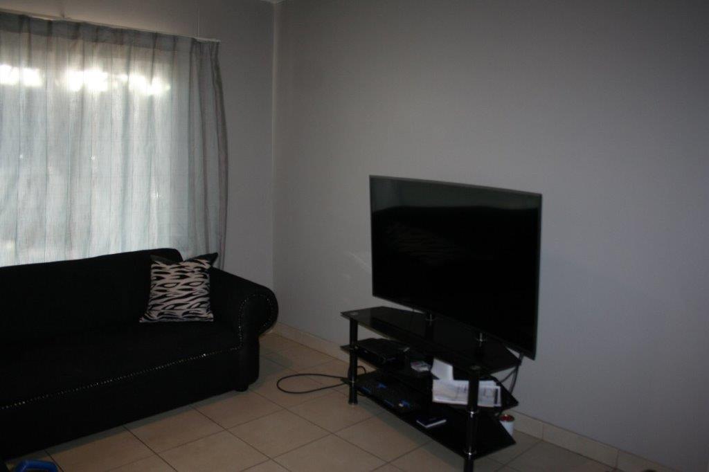 ceylon-livingroom2
