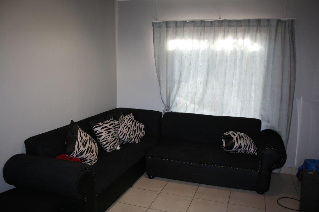 ceylon-livingroom