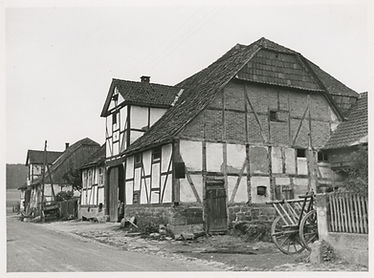 Philippinendorf / Gasterfeld. Fotograf: Lehrke -© Universität Kassel - https://orka.bibliothek.uni-kassel.de/viewer/image/02009102657784/1/