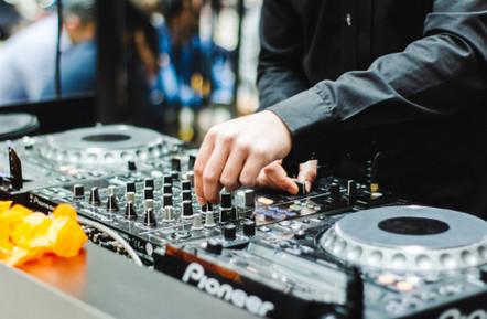 dj-entertainment-image-5.jpg
