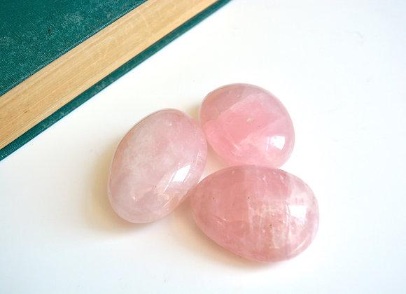 Rose Quartz - Palm Stone