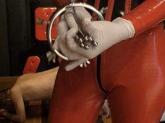 6点式肛門鏡でのアナル診察
