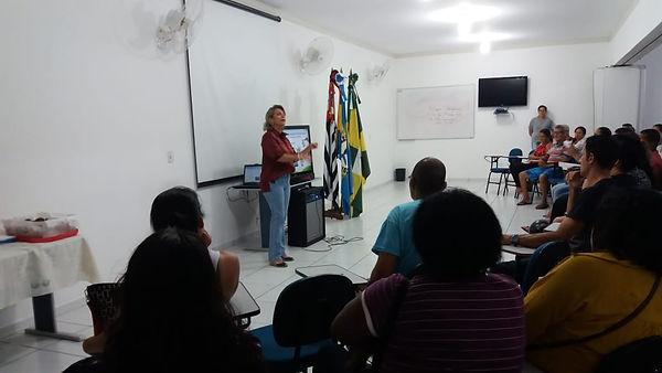 reunião_com_pais_Abril_(3).jpeg