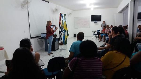 reunião_com_pais_Abril_(4).jpeg