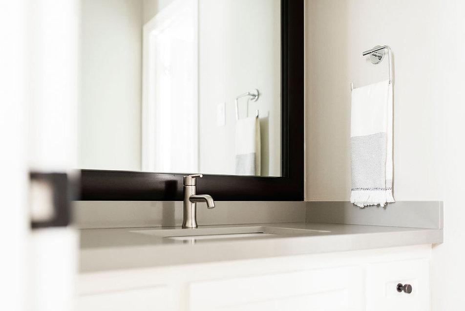 A Shoppable Bathroom Mini Makeover