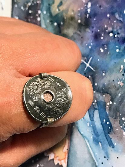 Japanese coin ring - 50 Yen Chrysanthemums