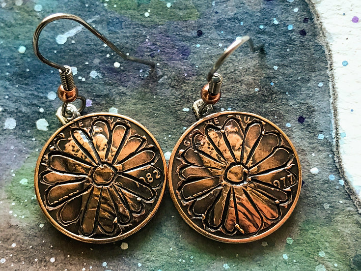 Hand-engraved Penny Flower Earrings - vintage copper coins