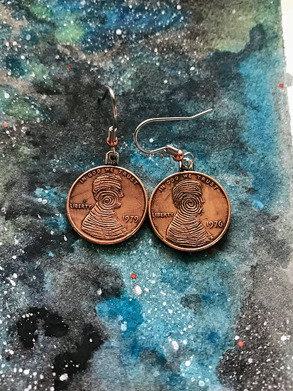 Hobo Penny Coin Earrings - flat copper vintage Lincoln Penny - hand engraved - t