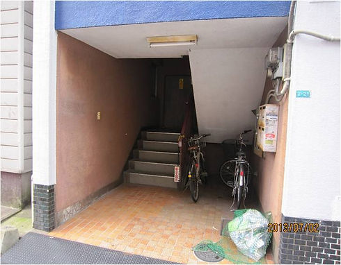 ビル階段1.jpg