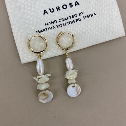 Lots of Pearls earrings