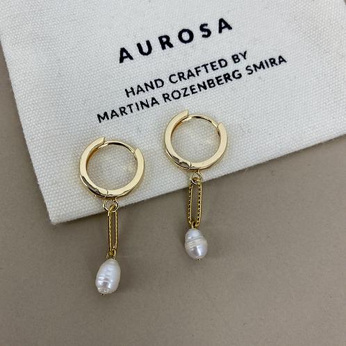 Pearl Match earrings
