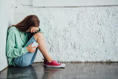 réseaux sociaux - harcèlement adolescents