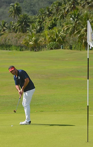 AS MOOREA GOLF CLUB president-2.jpg