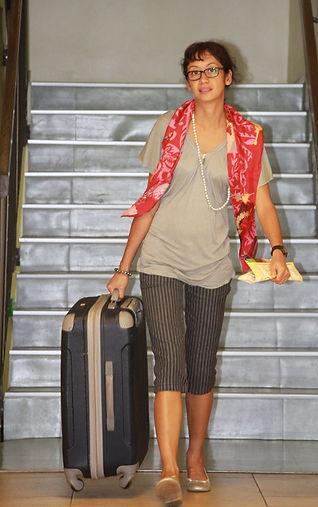 Femme polynésienne à l'aéroport de Tahiti Faa'a