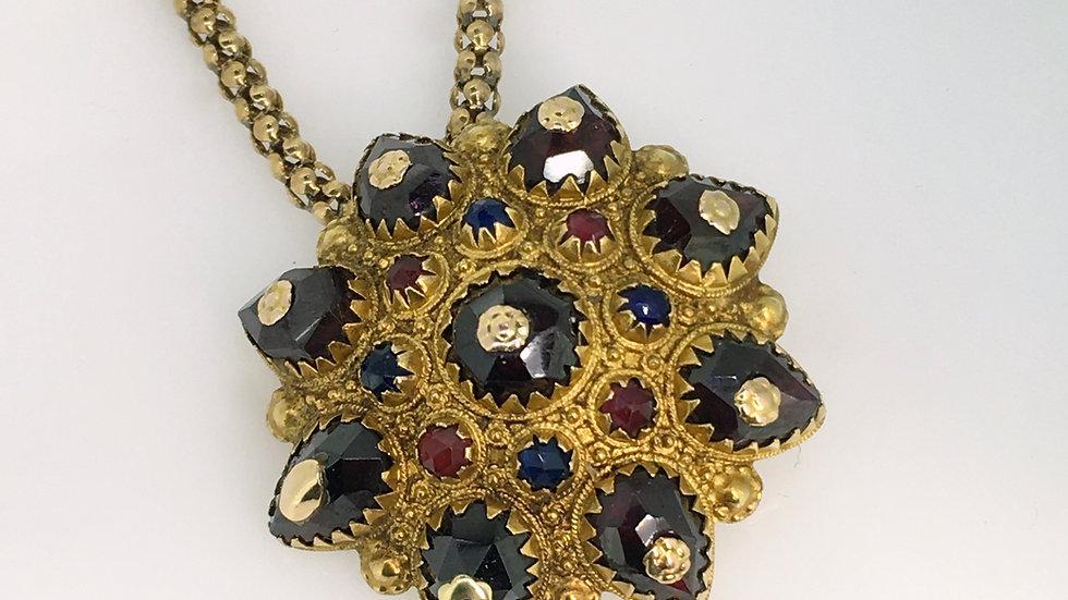 Gouden hanger met bijpassend collier