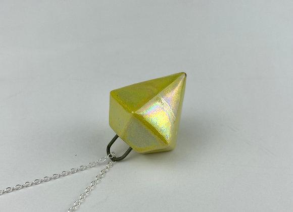 Diamond pendant necklace yellow