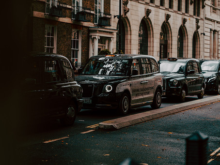 Our guide to hiring black cabs for events!