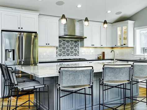 7 Must-Have Kitchen Island Features