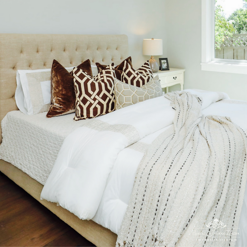 patterned bed pillows