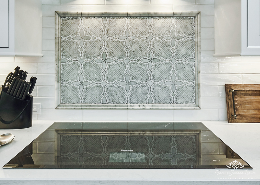 white mosaic backsplash