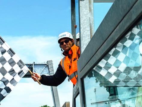 Forlì: sicurezza negli autodromi grazie alle bandiere elettroniche
