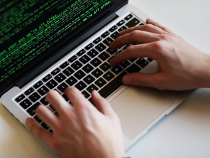 Quais principais funcionalidades um firewall UTM deve ter?