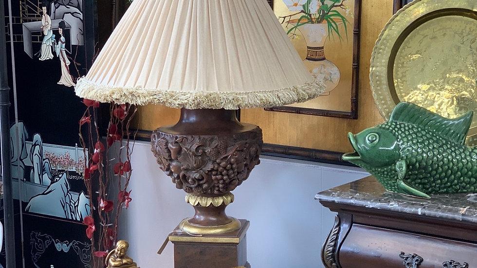 Antique Fruit Embossed Lamp