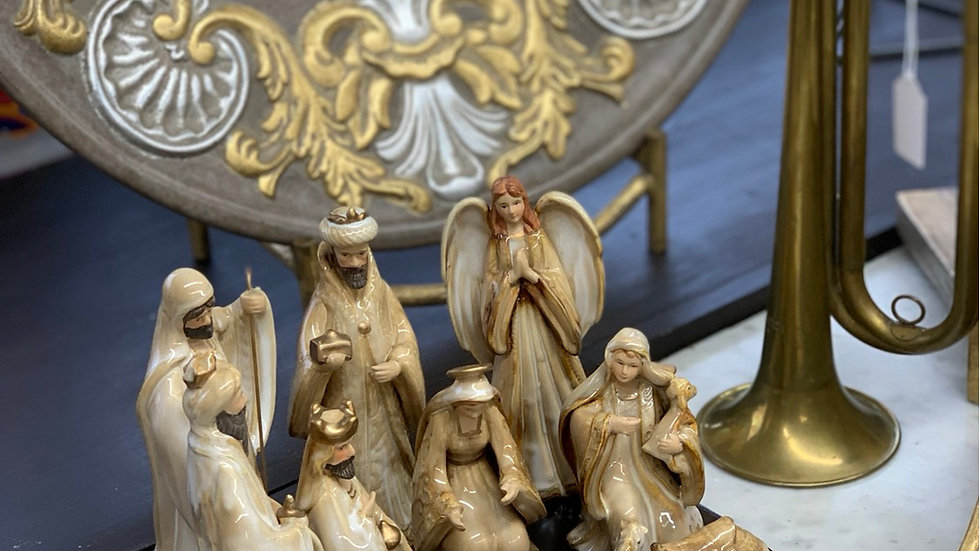 Glazed Ceramic 11 Piece Nativity Set With Wood Base