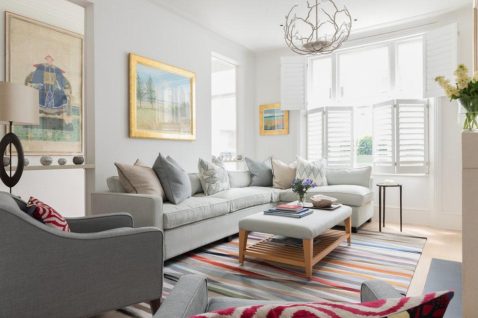 Livingroom_to_front_door_©_ZAC_and_ZAC.j