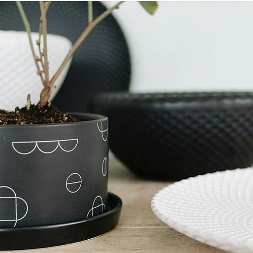 Large Planter - Kanso Black