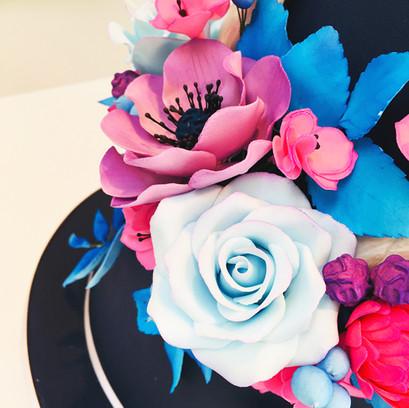 ANTLER_FLOWERS_1.jpg