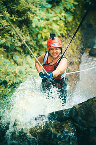 Canyoning-in-the-Lost-Canyon-in-Costa-Ri