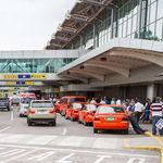 Taxis-Aeropuerto-Internacional-Juan-Sant
