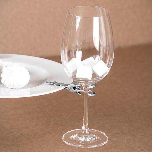 Clip Cin Cin, chalice holder