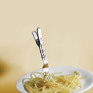 Clip Etta, fork on the go