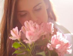 Femmes et fleurs 2.JPG