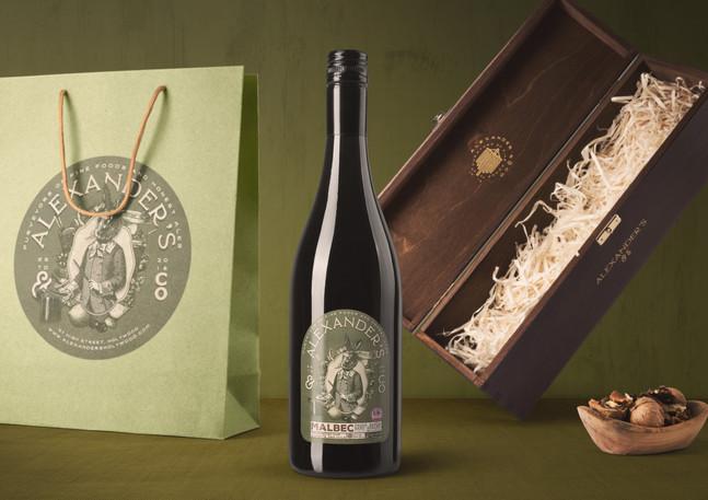 wine and bag premium branding
