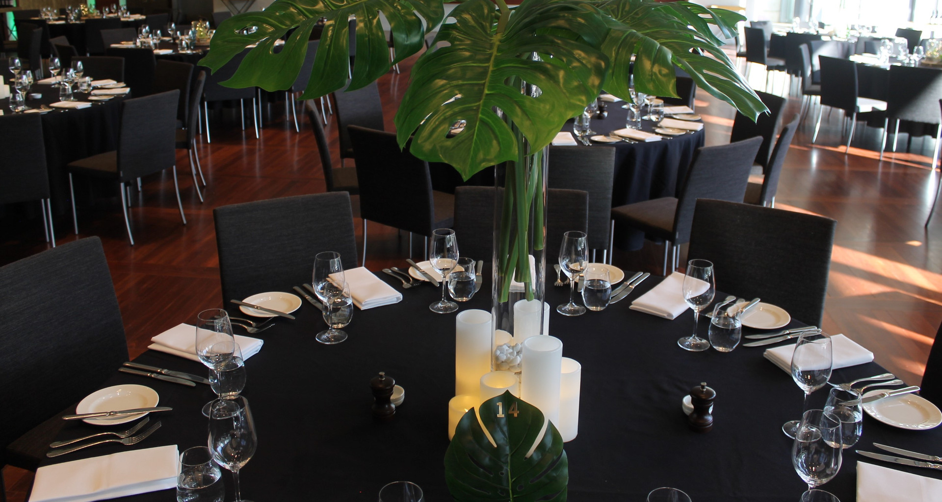 Forrest Theme - Monstera Centrepiece