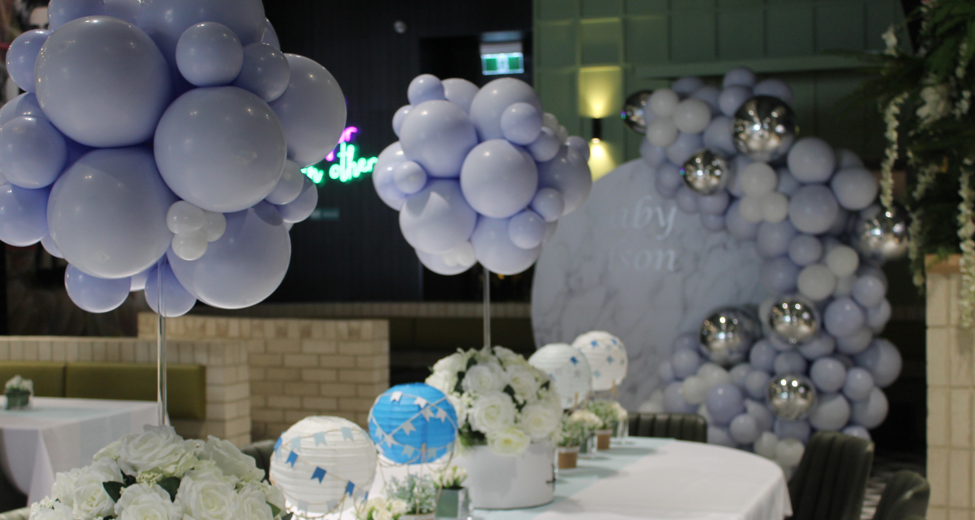 Hot air balloon topiary centrepieces