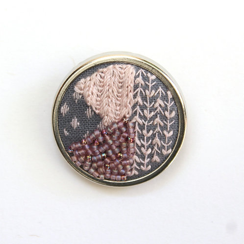 Blossom geometric embroidered brooch